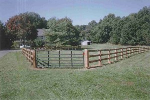 3 Board Paddock Wood Fence with Locust Posts and Oak Board with Facials
