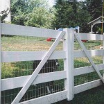 4 Rail Ranch Double Gate Vinyl Fence