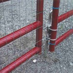 6 Bar Red Aluminum Double Gate Close-up