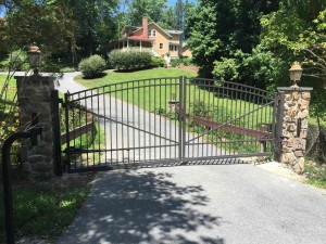 alum_gate