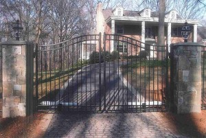 Electric Double Gate Ornamental Aluminum Fence with Arch