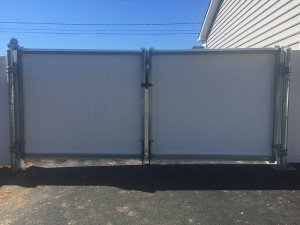 6'-White-Double-Drive-Gate-with-Steel-Frame